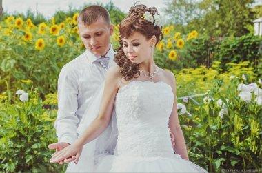 Сделать свадебный маникюр дома – нет ничего проще!