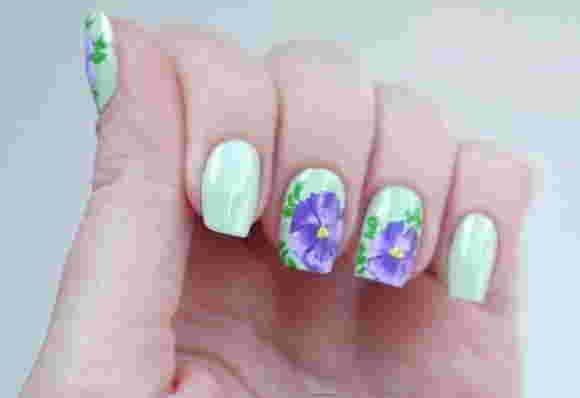Китайская роспись ногтей - анютины глазки